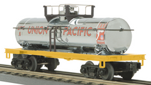 MTH Railking UP diesel fuel  Tank Car, 3 rail