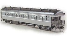 Golden Gate Depot UP 2 tone gray  70' harriman passenger   5 car set ,  2 rail
