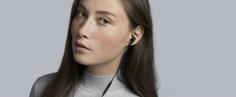 B&O Play Beoplay E4 Review