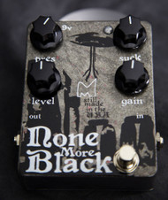 Menatone None More Black Pedal