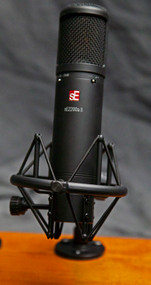 sE Electronics 2200a Condenser Microphone