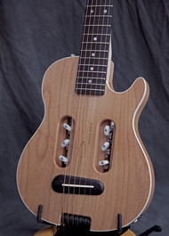 Traveler Guitars Escape Mar III