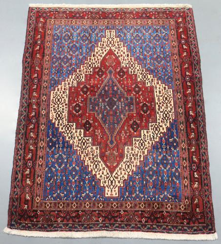 Senneh Persian Rug (Ref 186) 176x134cm