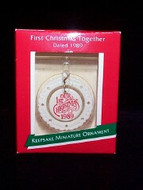 1989 1st Christmas-Cameo-Miniature