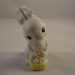 1982 Ceramic Bunny With Basket