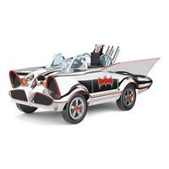 2017 Batman - 1966 Batmobile - Ltd (QEP2117)