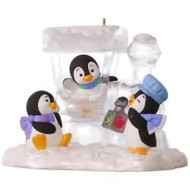 2017 Penguin Express Hallmark ornament - QGO1635