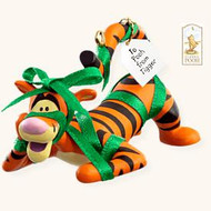 2008 Winnie The Pooh - A Present For Pooh - Tigger