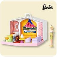2007 Barbie - Family Deluxe House