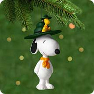 2001 Spotlight On Snoopy #4 - Beagle Scout Hallmark ornament