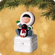 2002 Frosty Friends Porcelain Box Hallmark ornament