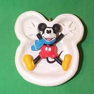 1997 Disney - Mickey's Snow Angel