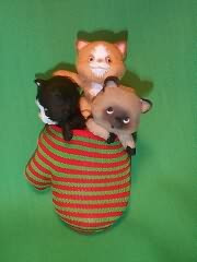 1984 Three Kittens In A Mitten