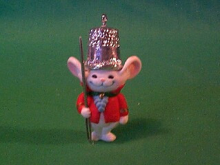 1982 Thimble #5 - Mouse