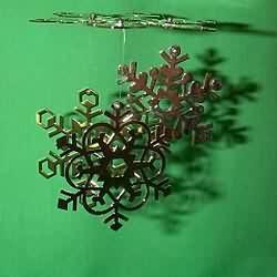 1980 Snowflake Chimes