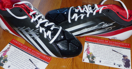 WISCONSIN BADGERS MELVIN GORDON AUTOGRAPHED 25 SIGNED ADIDAS CLEATS LEGENDS COA