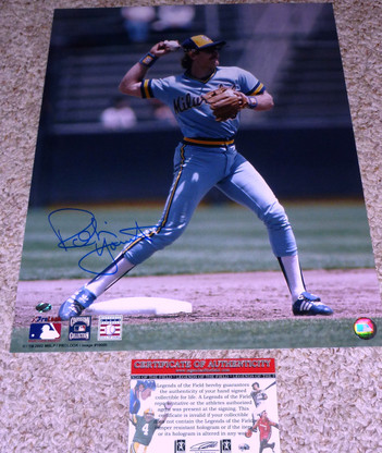 Robin Yount hand-signed  16x20 Shortstop Throwback Uniform  RARE National Baseball Hall of Fame &  Cooperstown Collection, MLB licensed photo   With  Legends of the Field  Hologram  and  Authentic COA!