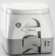 Dometic Portable Toilet Pitty 970 Series, 2.6 Gallon, Gray w/ Mount