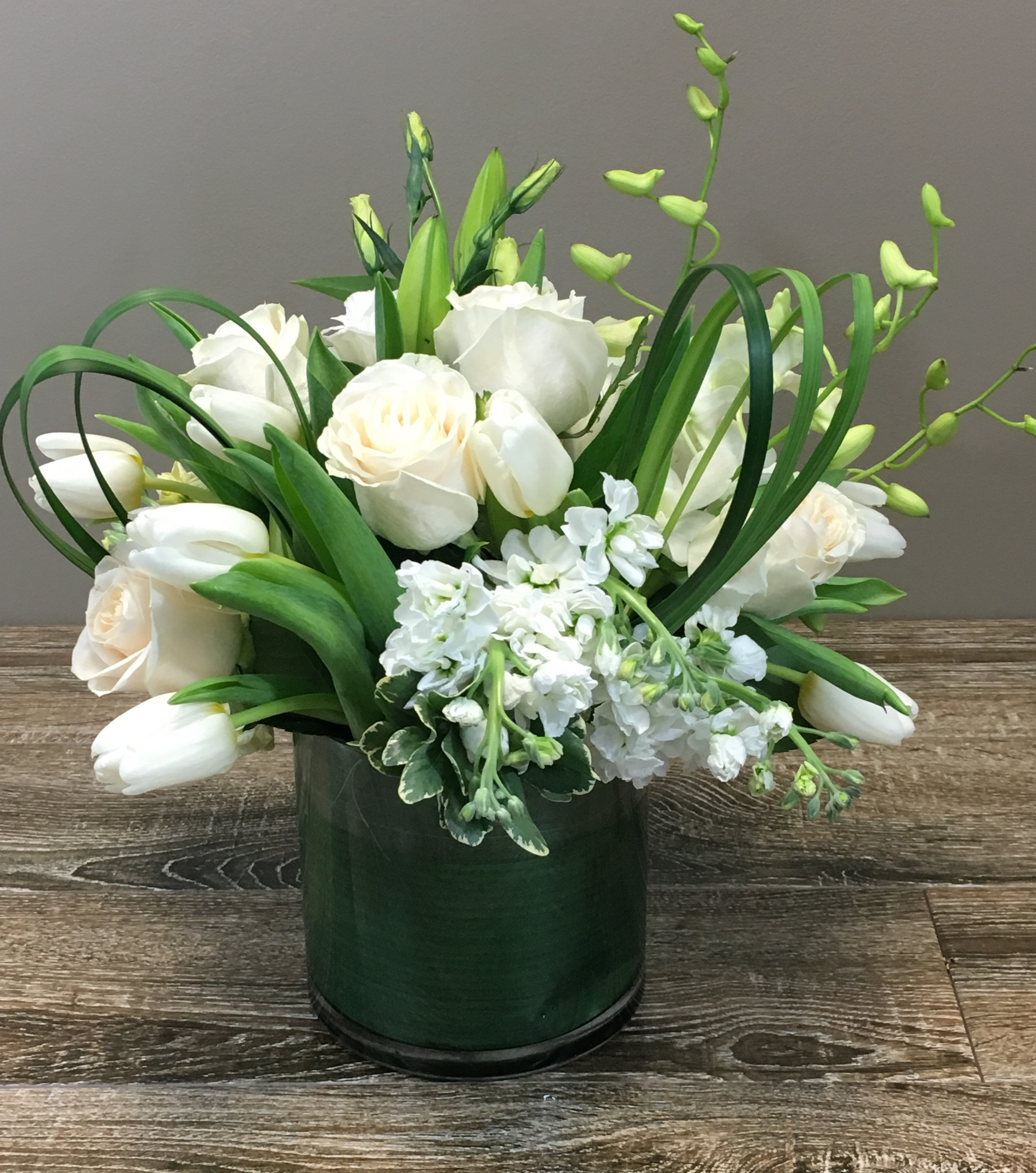 Add a touch of passover flowers for your seder table palace florists send a jewish friend flowers to celebrate passover izmirmasajfo Images