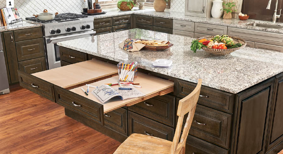 KraftMaid Pull-Out Table