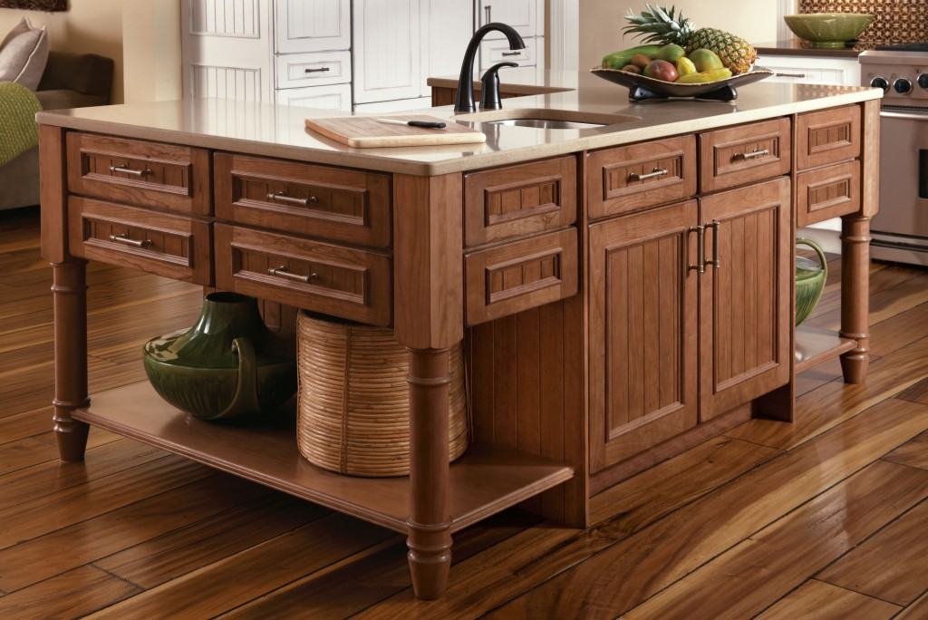 5 Benefits Of Kitchen Islands - KraftMaid