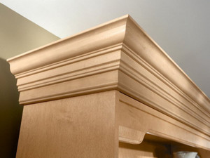 Classic Crown Molding with Starter Molding