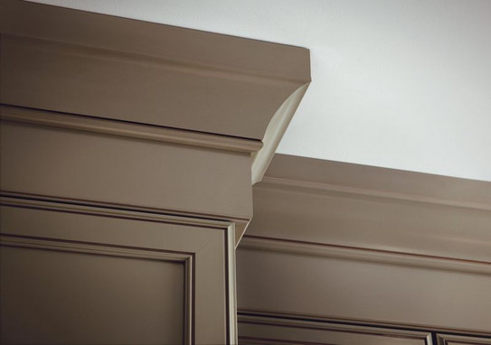 Extra Large Cove Molding With Starter Molding And Solid Stock Kraftmaid