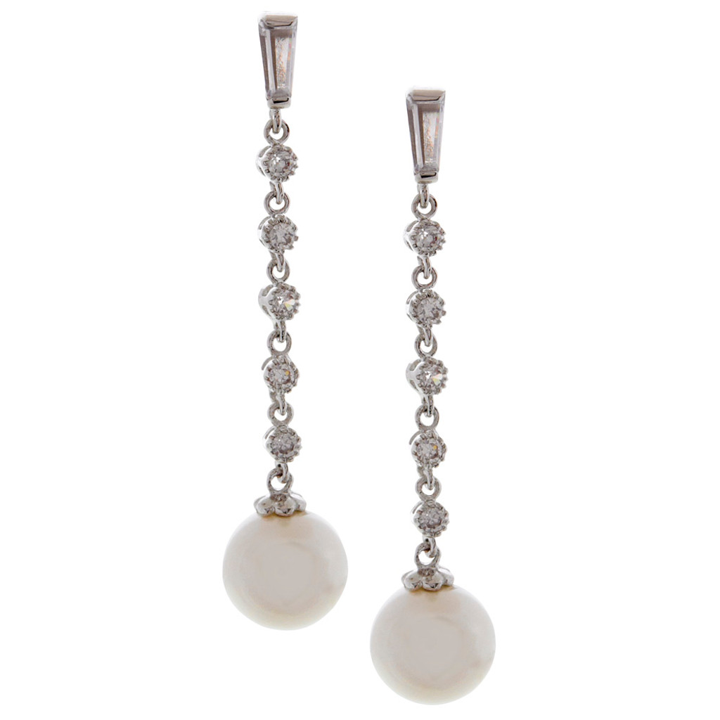 Chain of Cubic Zirconia with a Round Pearl Drop