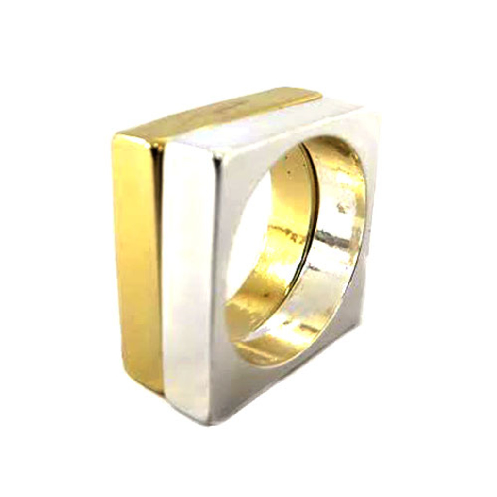 Hip To Be Square Ring