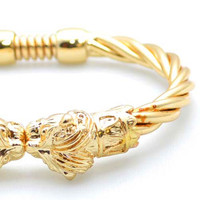 Essential Lion Head Gold Bangle