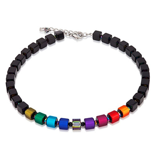 Large Jet Cubes and Multi-Color Necklace