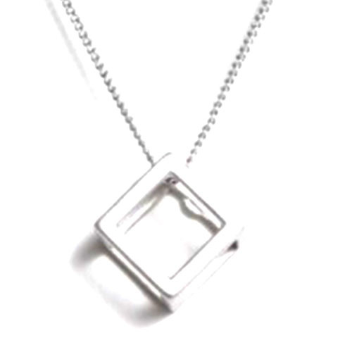 The Cube Necklace S
