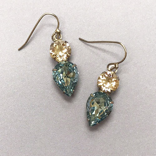 Sorrelli's Pebble Blue Teardrop Drop Earring