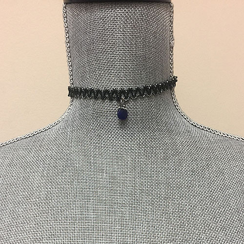 Ric-Rac Trim Choker With Lapis Stone Drop