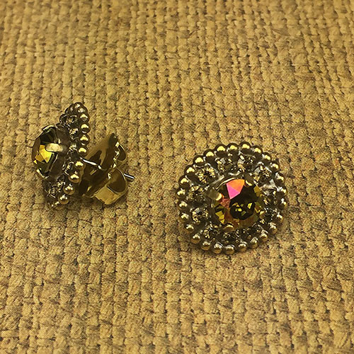 Antiqued Gold Burgundy Champagne Post Sorrelli Earring