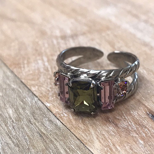 Sorrelli Emerald Olive and Light Pink Crystal Ring