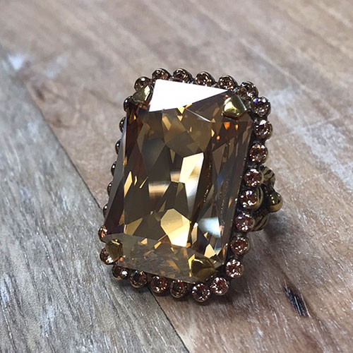 Sorrelli Large Rectangular Apricot Agate Bauble Ring