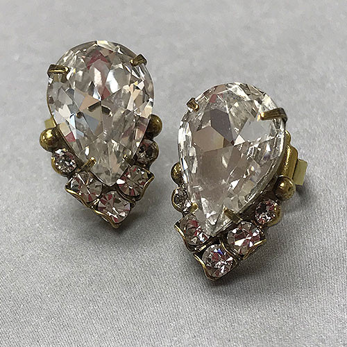 Sorelli's Crystal Cluster Earring in Antique Gold