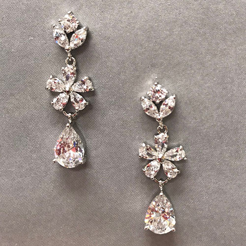 Lina's Perfect Bridal Earring