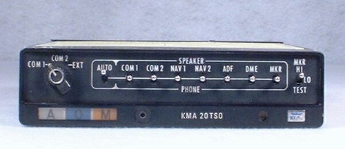 KMA-20 Audio Panel & Marker Beacon Receiver Closeup