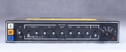 TMA-230D Audio Panel and Marker Beacon Receiver Closeup