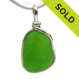 A nice larger piece of vivid bright green sea glass in an elegant and versatile and original sea glass necklace pendant setting.  Sorry this Sea Glass Jewelry selection has already been SOLD!!