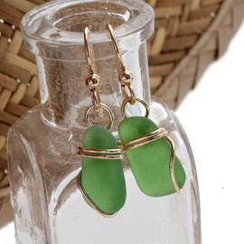 Simple and small Green Sea Glass Earrings In 14K Goldfilled Setting