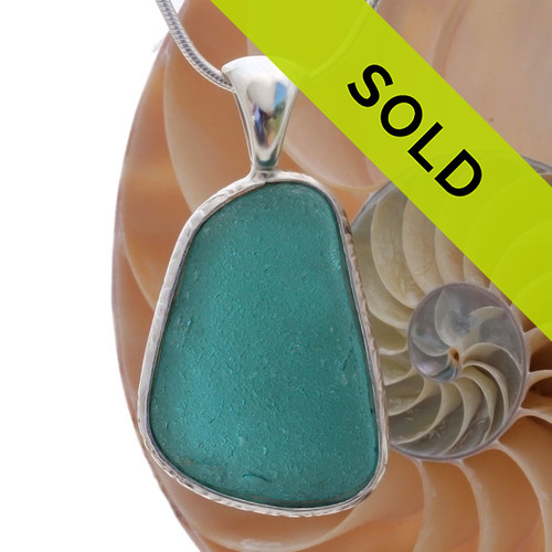 Electric teal large vivid isle of sheppy english sea glass a really neat almost perfectly flat but thick piece of vivid teal sea glass set in aloadofball Gallery
