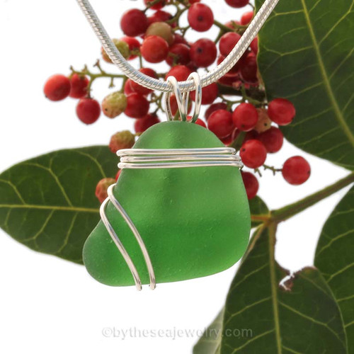 Vivid Green Sea Glass In Sterling Triple Wire Necklace Pendant. This setting leaves the sea glass piece UNALTERED but secure in an attractive setting.