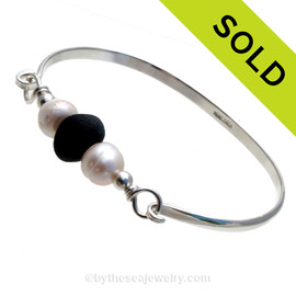 Black Genuine Sea Glass & Large Fresh Water Pearls on this solid sterling silver full round Sea Glass Bangle Bracelet. This is finished in solid sterling beads. SOLD - Sorry this Sea Glass Bangle Bracelet is NO LONGER AVAILABLE!