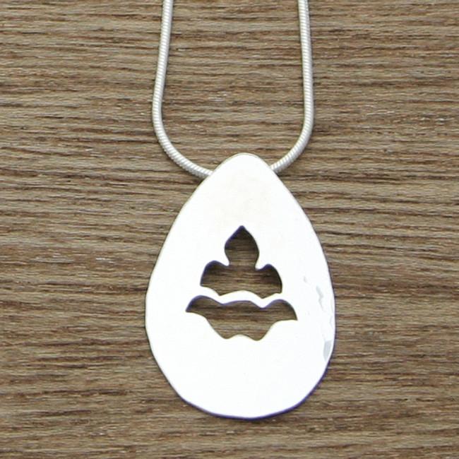 Floral teardrop necklace