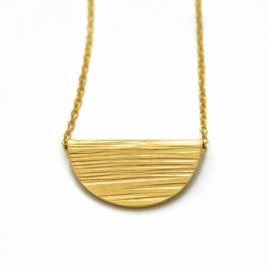 Gold ripple fold necklace