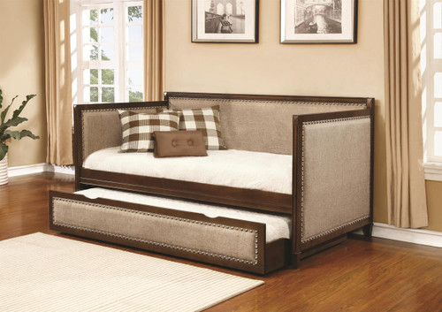 Coaster Grand Chesterfield Daybed
