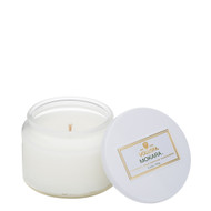 Mokara is an exotic blend that marries Mokara orchid, white lily and spring moss, creating a light, fresh floral scent.